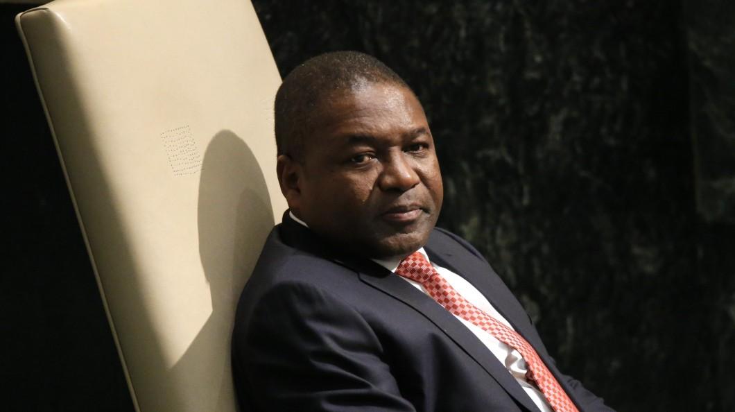 Juros da dívida de Moçambique acima dos 24% com perspetiva de incumprimento